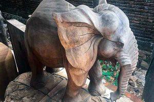 sculpture bois teck