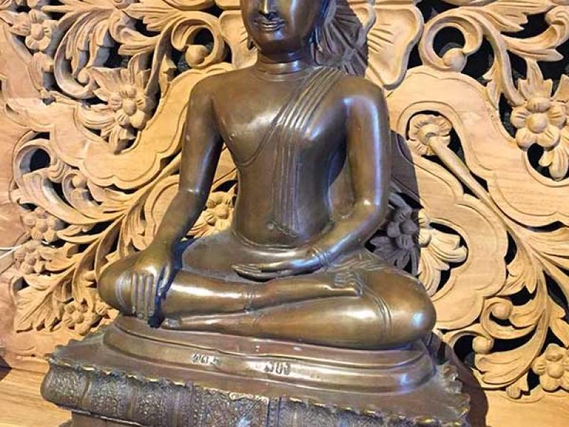 bronze-boudha